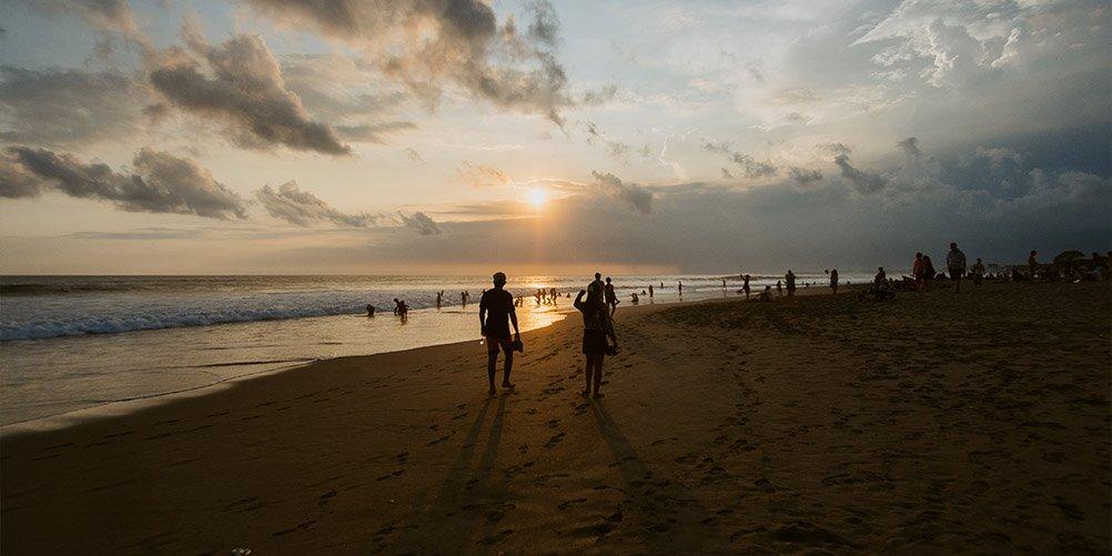 beach walk Bali